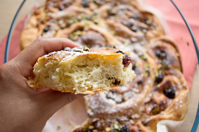 Les Cinnamons rolls vous connaissez ? Découvrez la variante à la ricotta et aux fruits secs !