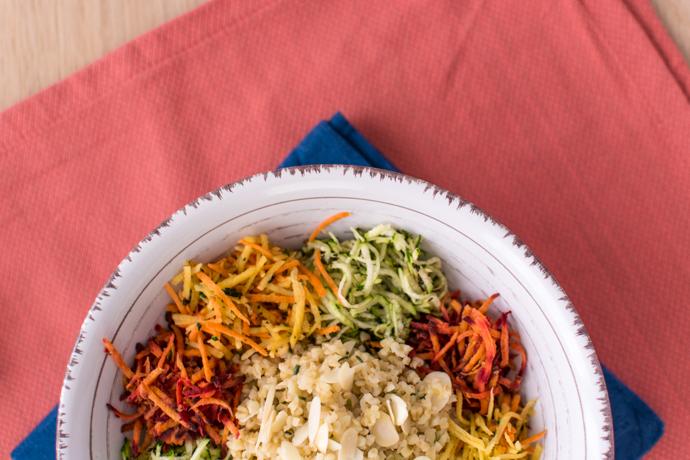 Salade de boulgour, amandes, courgette et trois carottes - sans gluten