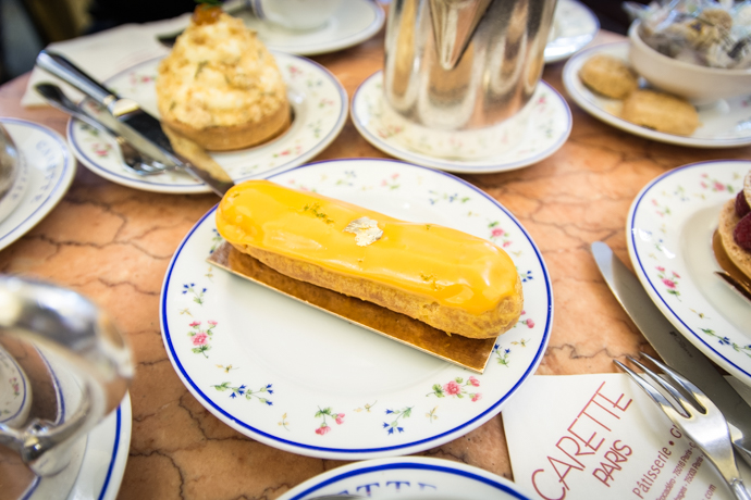 Eclair à la mangue et citron vert de la Pâtisserie Carette