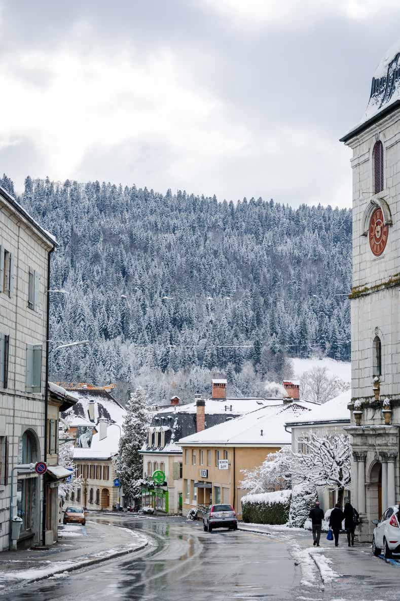 Suisse enneigée - faite un soufflé glacé à l'Absinthe pour le dessert