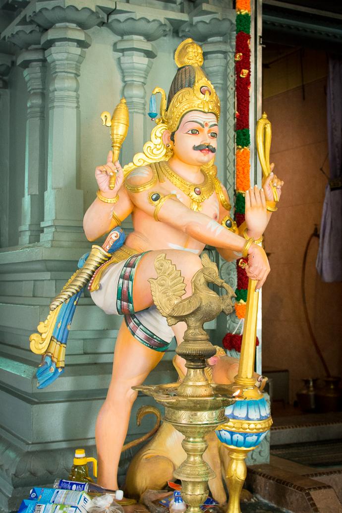 Statue divine dans un temple hindou à Penang Hill