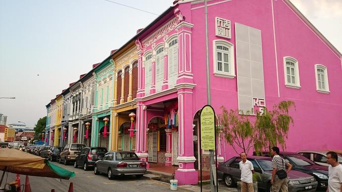Les maisons colorées typiques de George Town à Penang, Malaisie