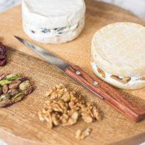 Fromages farcis aux noix et fruits secs - recette de fêtes