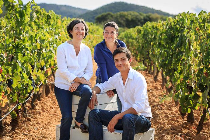 Photo du domaine Figuière : la famille dans les vignes