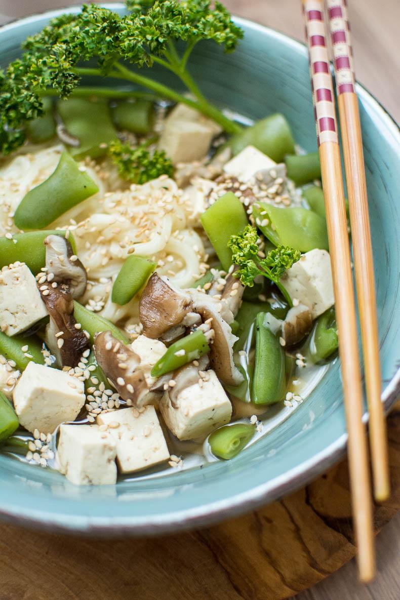 Champignons Shiitakés, tofu, haricots plats, Lapsang Souchang