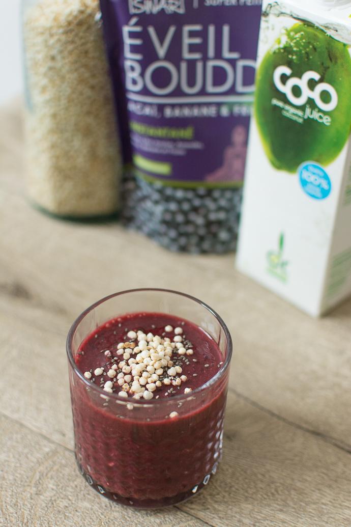 Recette de smoothie rouge aux superfoods coco, quinoa, açaï