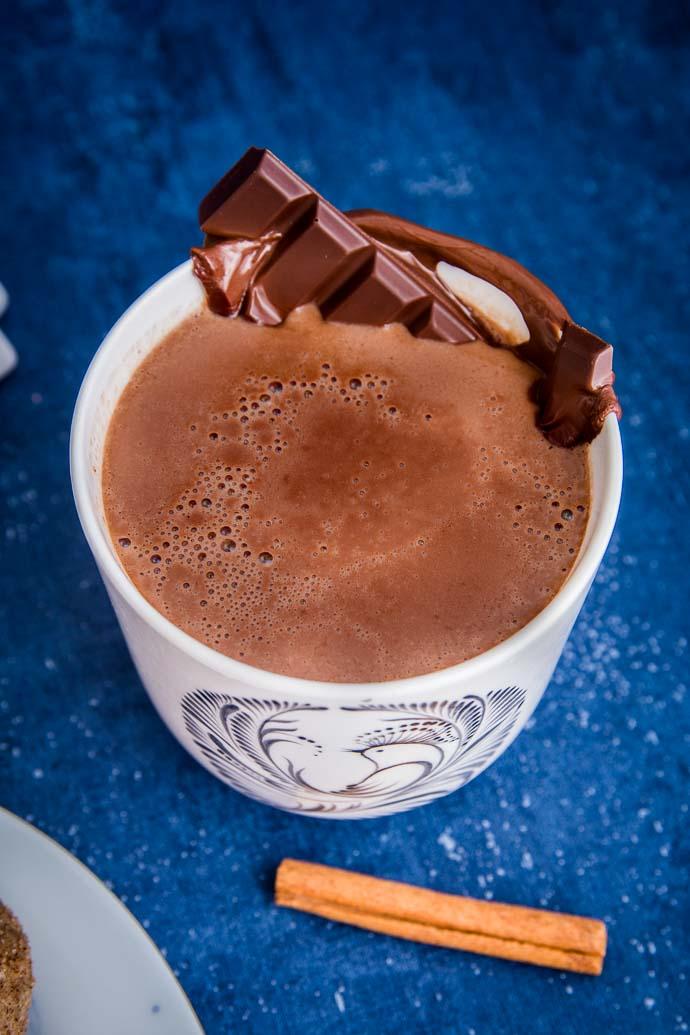 Une bonne tasse de chocolat chaud aux épices pour se réchauffer ?