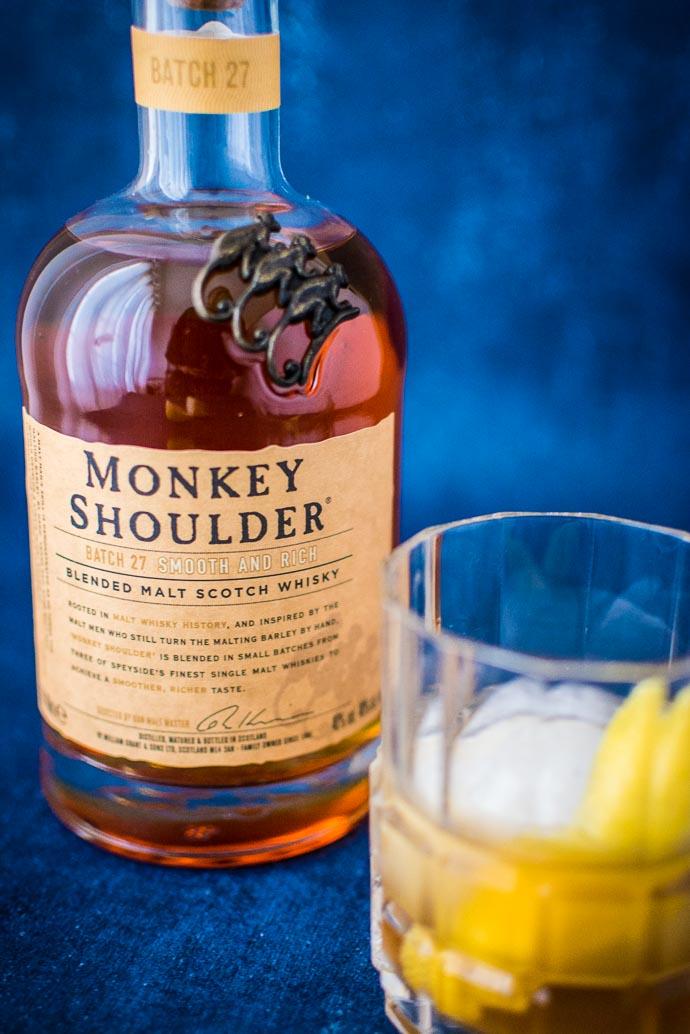 Recette de cocktail avec de l'amaretto, du citron et du whisky