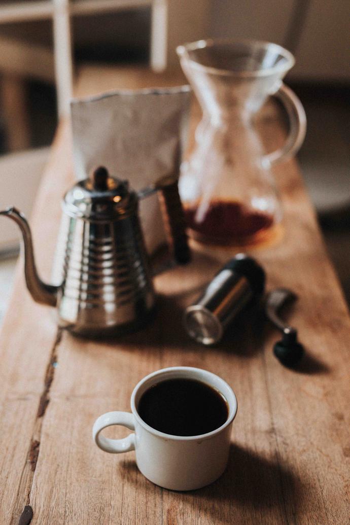 Filtration lente, à pression, à froid, il existe un éventail de possibilités pour déguster une bonne tasse de café
