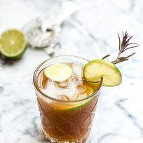Cocktail floral par Jagermeister