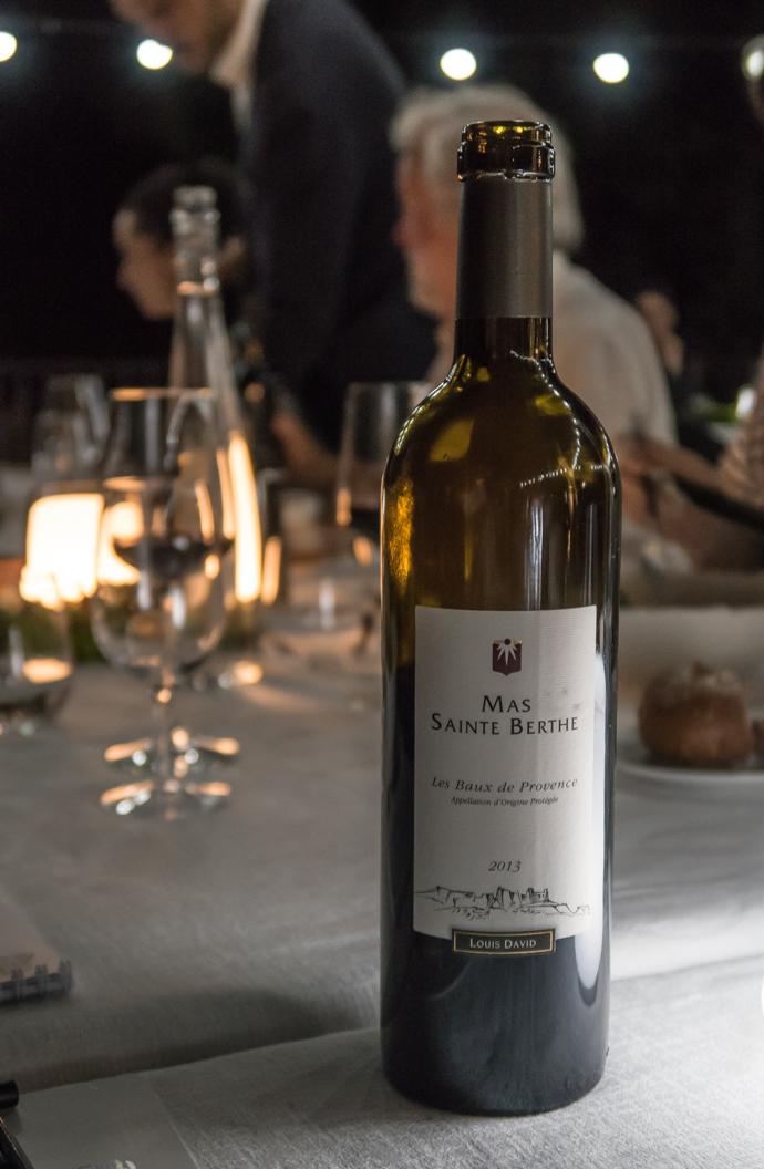 Vin rouge Mas de la Berthe, diner au camion bleu du Hameau des Baux