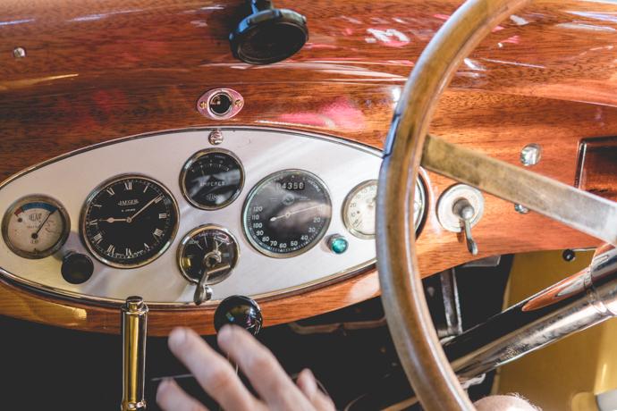 Rallye des Baux-de-Provence - découvrez la région, le vin et les voitures anciennes, le tout en une journée