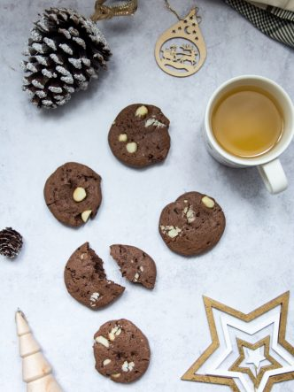 Recette de cookies au cacao et noix de macadamia - sans lactose