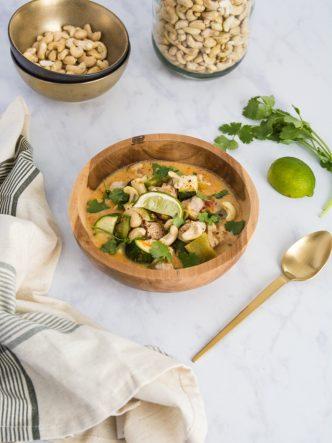 Recette thaiandaise : le poulet au curry rouge