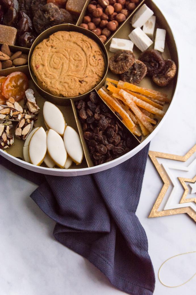 Calissons, Nougats blancs et noirs de Provence, Clementines, Orangettes - Coffret Roy René