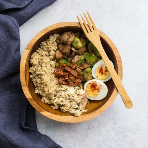 Une salade d'été sans verdure mais riche en protéines avec le nouveau superfood : le maquereau