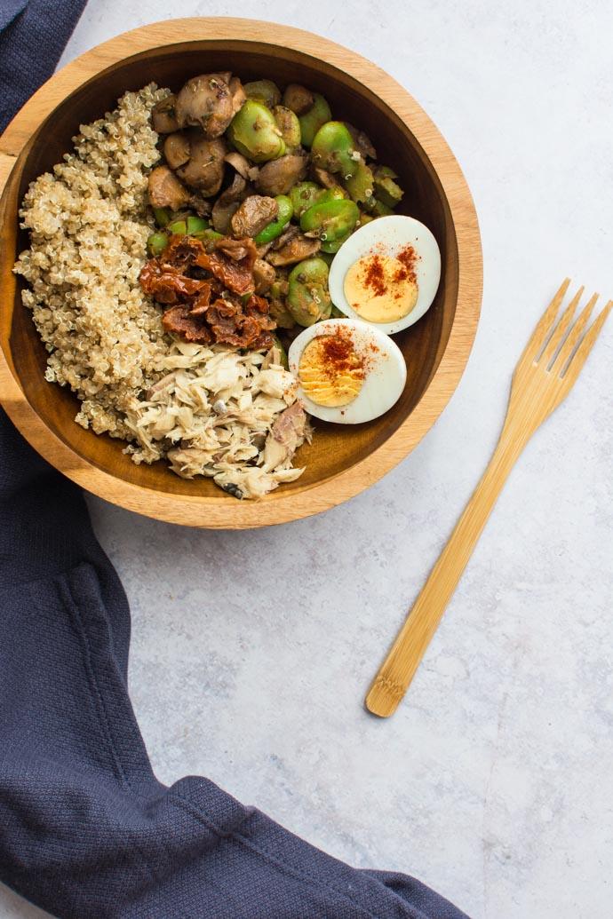 Une salade à réaliser à l'avance pour un repas équilibré et gain de temps.