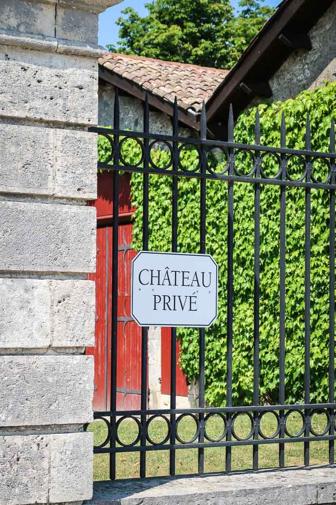 Plaque au Château de la Jaubertie