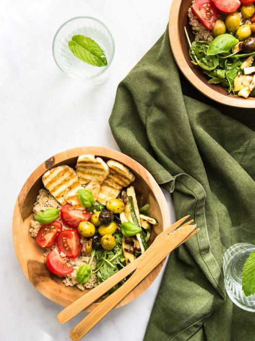 Recette facile de salade méditerranéenne au halloumi