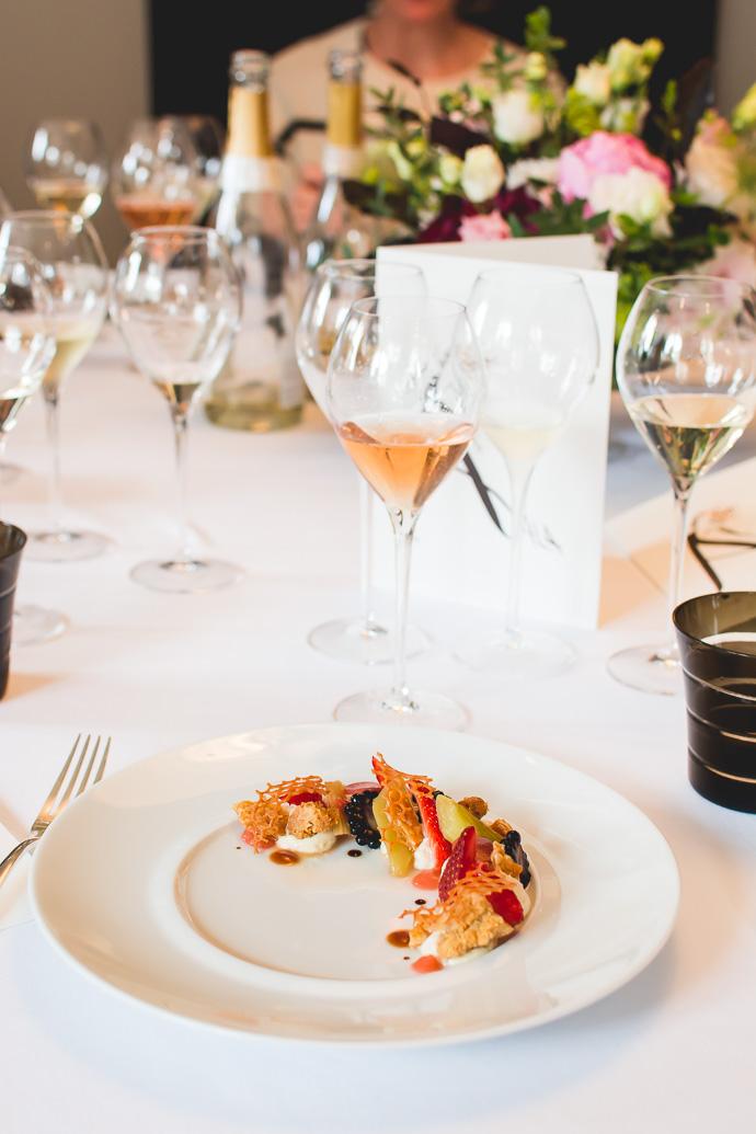 Dessert - déclinaison Fraises, Rhubarbes, crémeux Nougatines