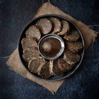 Biscuits sablés au sésame noir - recette facile, sans lactose, sans oeufs, vegan