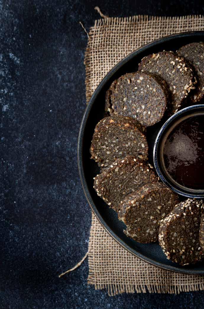 Sablés au sésame noir - recette facile, sans lactose, sans oeufs, vegan
