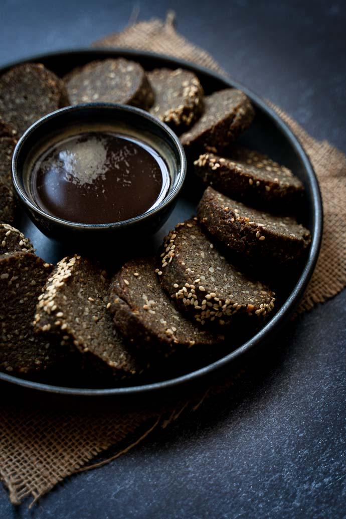 Biscuits au sésame noir - recette facile, sans lactose, sans oeufs, vegan