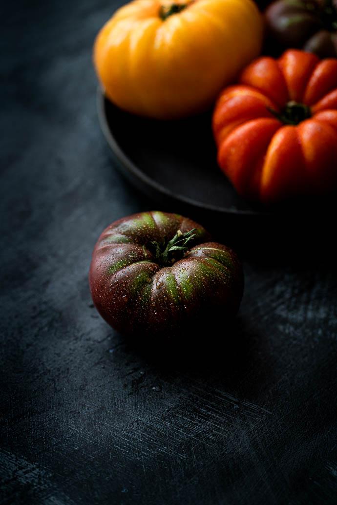 Tomates Marmande - Paysans Rougeline - recette de carpaccio de tomates, basilic, mozzarella et sésame