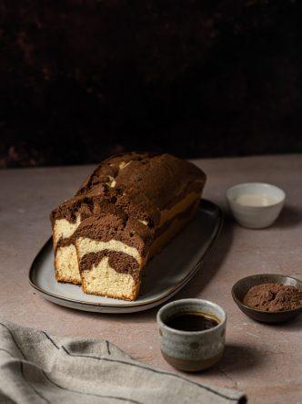 Cake marbré pour le goûter - au cacao et sans beurre, sans lait