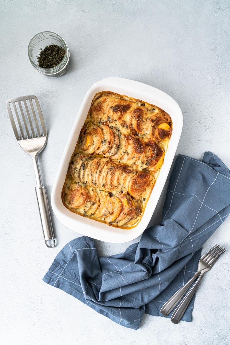 Gratin de patates douces au beurre de thym - recette sans lactose & facile à faire