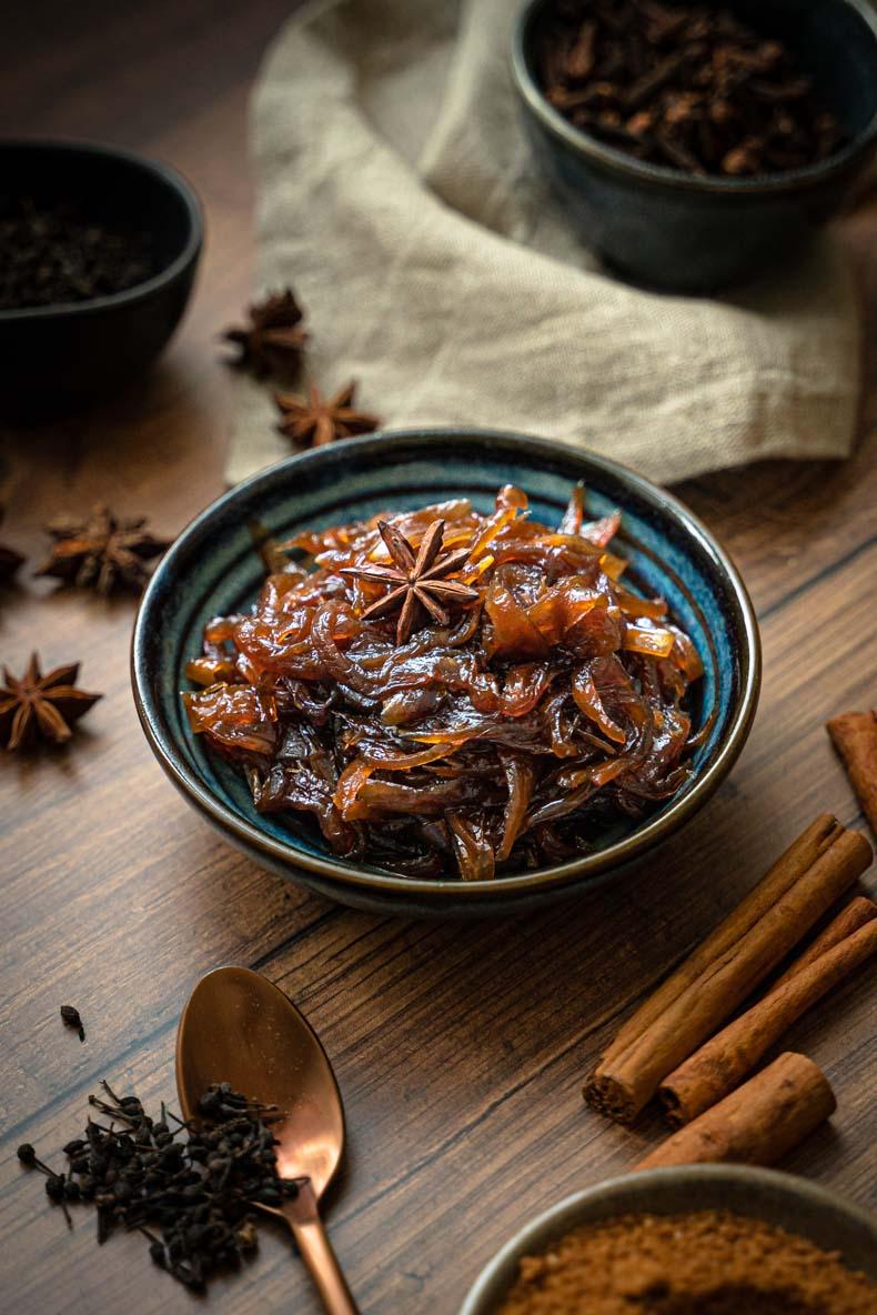 Faire con confit d'oignons aux épices, recette facile et sans lactose ni gluten