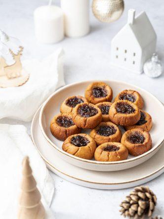 """Recette de """"thumbprint cookie"""" vegan au beurre de cacahuètes et confiture de figue - recette pour cookie box"""