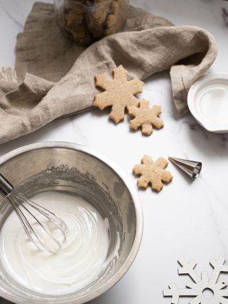 Faire son glaçage royal pour décoration de biscuits de Noël