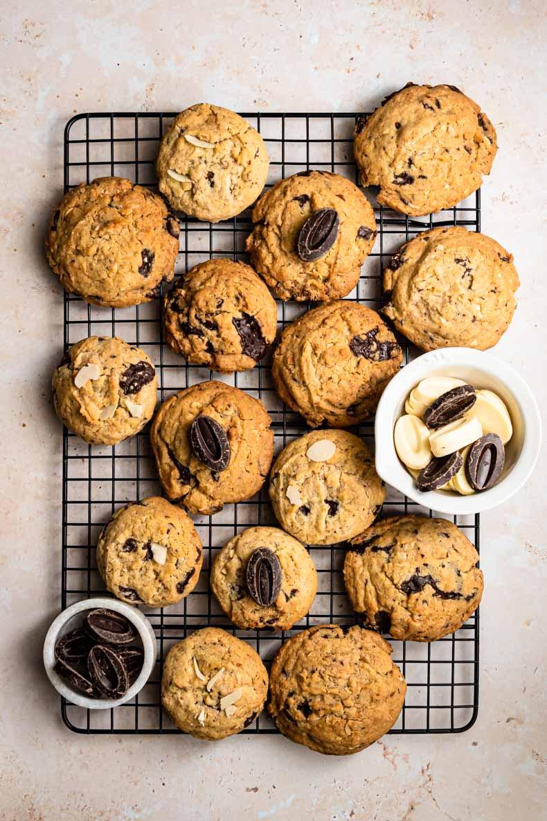 Cookies sans lactose, au chocolat blanc & noir