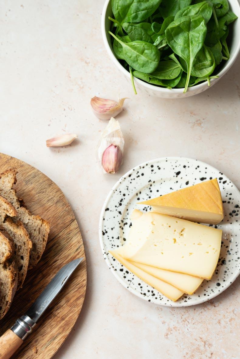 Mont des Cats, un fromage de caractère français parfait en sandwich